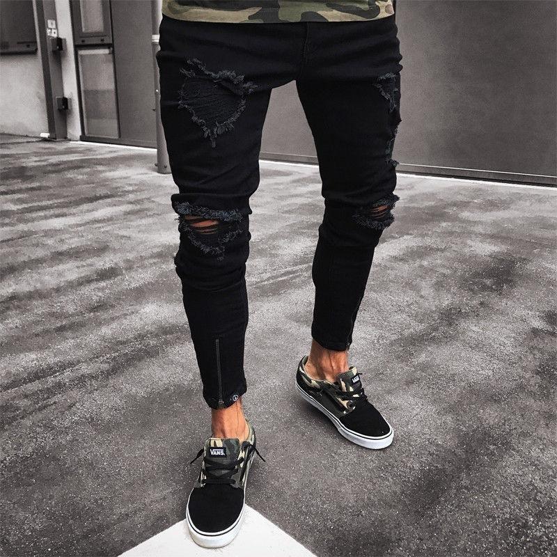 Pantaloni lungi si moderni pentru barbati
