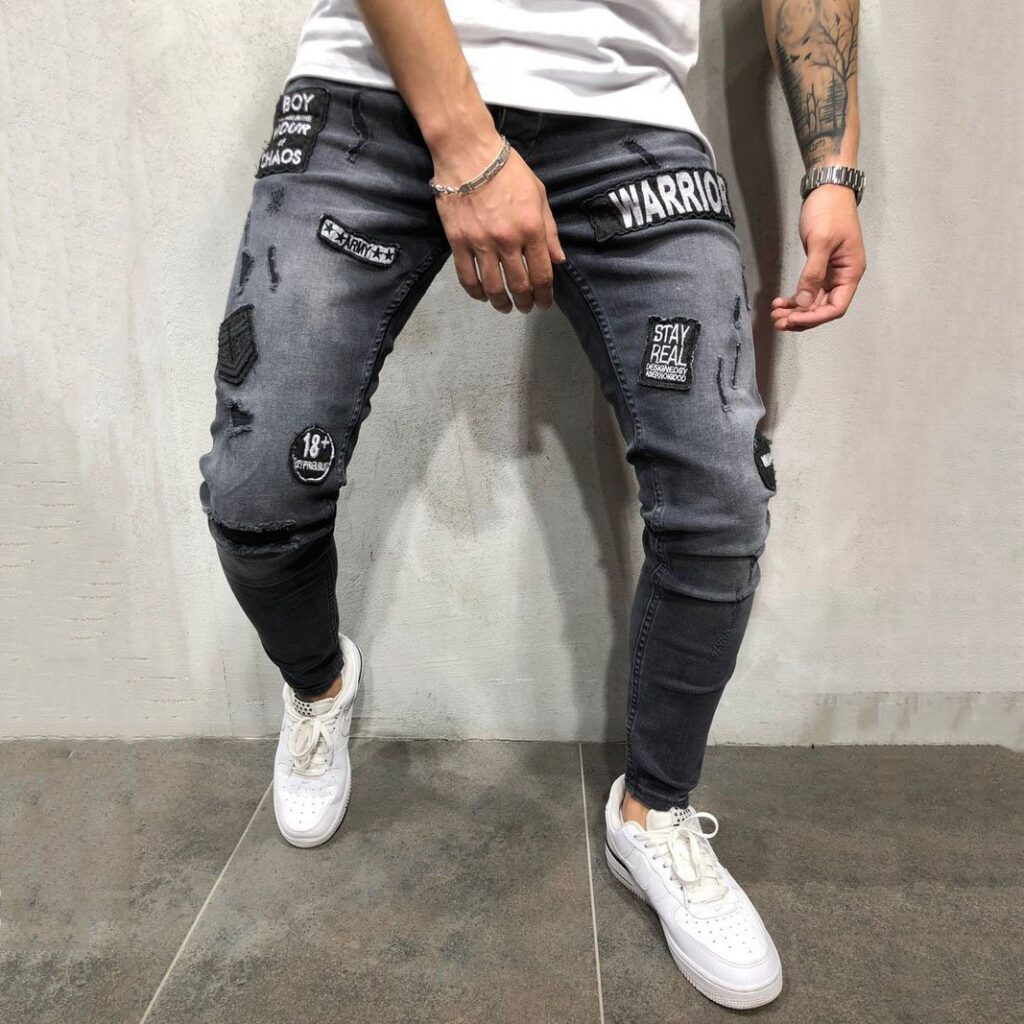 Pantaloni moderni si lungi pentru barbati